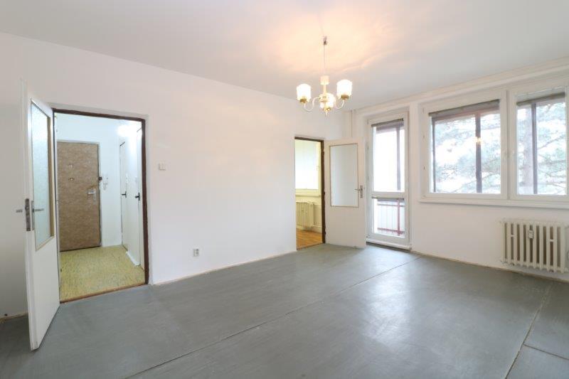 zaujimavy-byt-s-velkou-lodziou-3-izby-zrekonstruovany-dom-dubravka-bosaniho-ulica