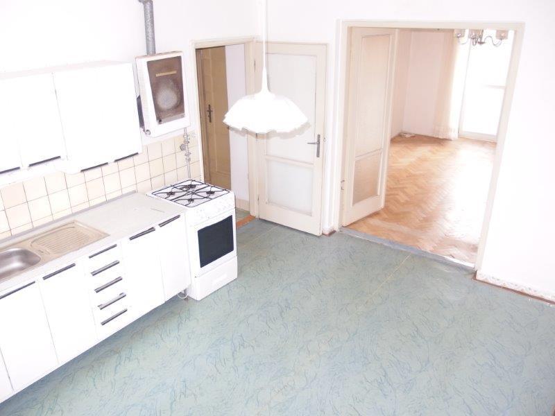 predaj-zaujimavy-byt-2-izby-s-vymerou-52-71-m2-a-francuzsky-balkon-tehlovy-dom-krasnany-raca