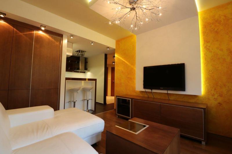 byt-3-izby-zariadenie-v-cene-vyssi-standard-stare-mesto-karadzicova-u-parking-vo-dvore