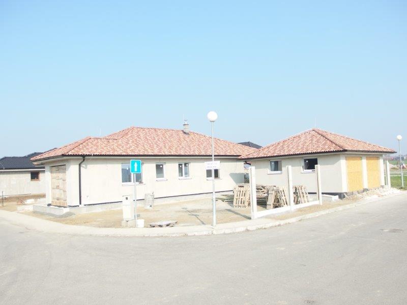 predaj-4-izb-bungalov-vymera-226-50-m2-pozemok-532-m2-novostavba-maly-biel-dvojgaraz-200-000