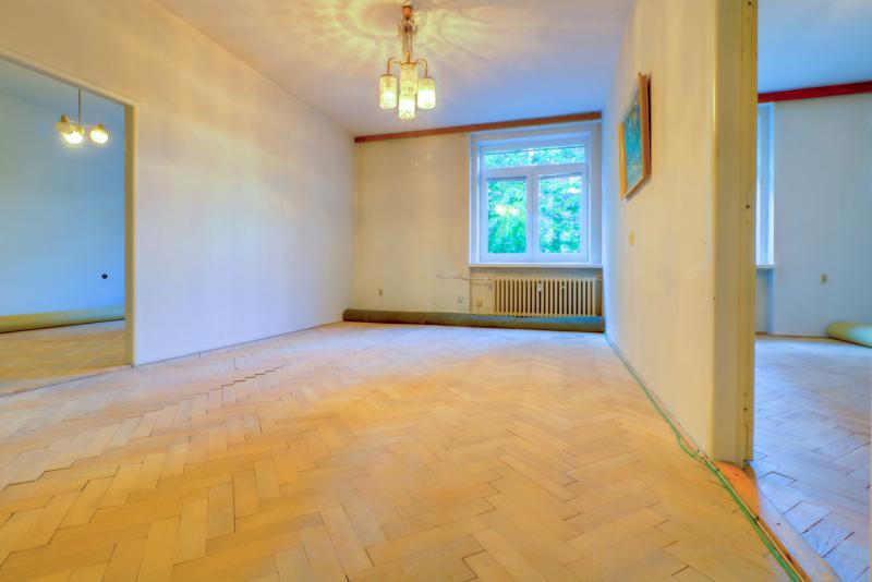 priestrany-3-5-izbovy-byt-tehlovy-dom-s-vlastnym-dvorom-sirsie-centrum-murgasova-u-ticha-lokalita