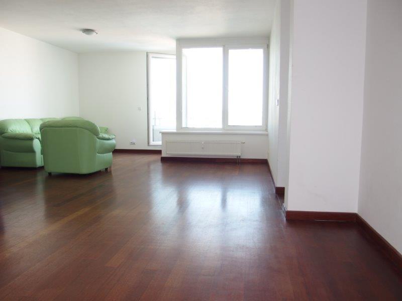 byt-2-izby-novostavba-11-20p-dobra-lokalita-ruzova-dolina-garazove-statie-v-cene-182-000
