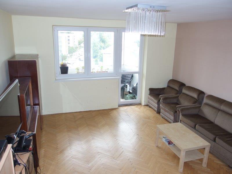 predaj-3-i-rekonstrukcia-77m2-balkon-vyhladavana-ulica-ruzova-dolina-tehlovy-dom-130-000