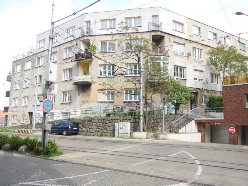 byt-v-lukrativnej-lokalite-3-izby-tehlovy-dom-82-82-m2-centrum-hradny-vrch-skalna-u