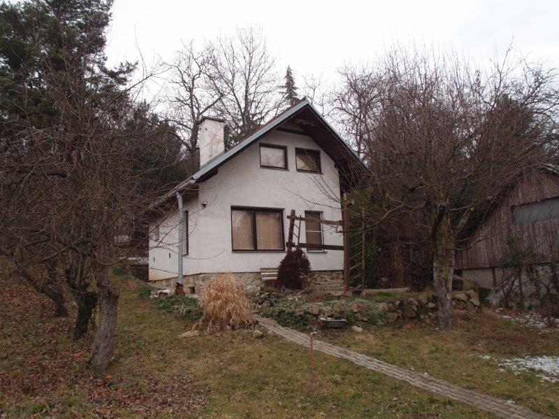 pekny-rekreacny-pozemok-s-domom-vymera-pozemku-1199-m2-bernolakovo-sacky-65-945